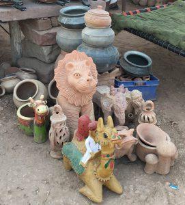 様々な動物の陶器